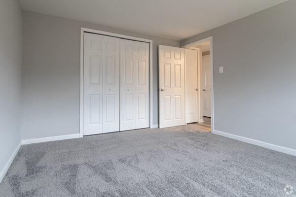 willow-pointe-apartments-burlington-nj-bedroom (1)