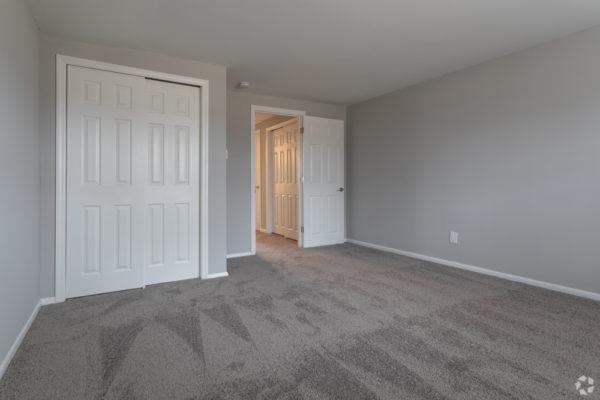 willow-pointe-apartments-burlington-nj-bedroom