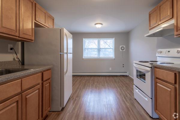 willow-pointe-apartments-burlington-nj-kitchen (2)
